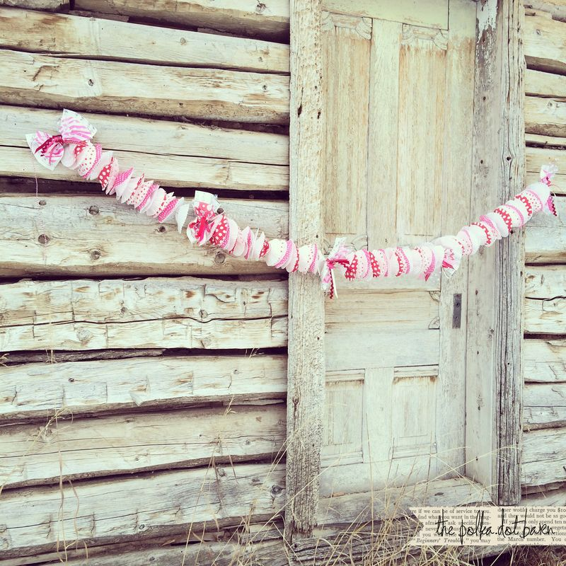 Be mine cupcake garland