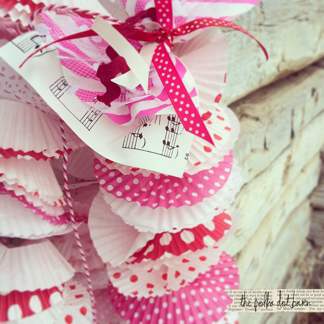 Be mine cupcake garland_close up