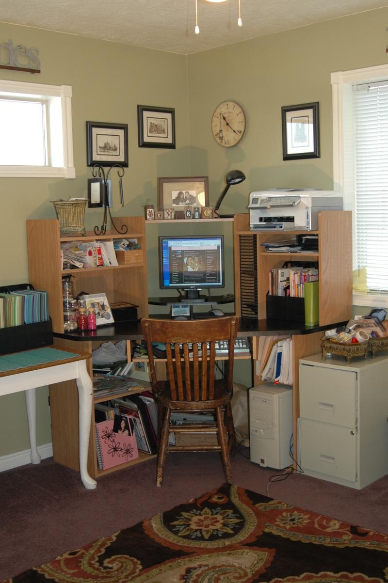 My_scrapbooking_room_017